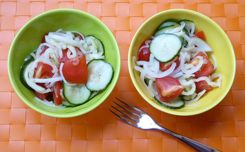 Tomato salad with cucumber and peppers | Fast and cool