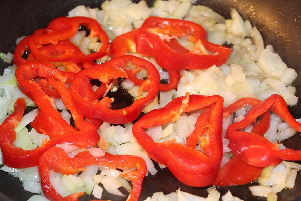Orestujeme cibuli a papriku
