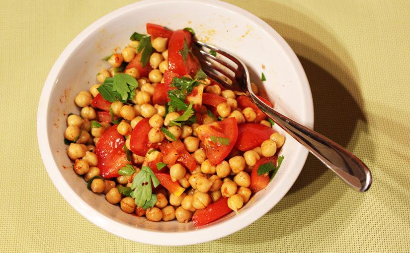 Cizrnový salát srajčaty | Lehkost vaření