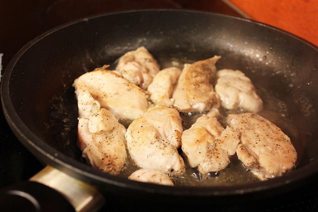 Kuřecí maso opečeme