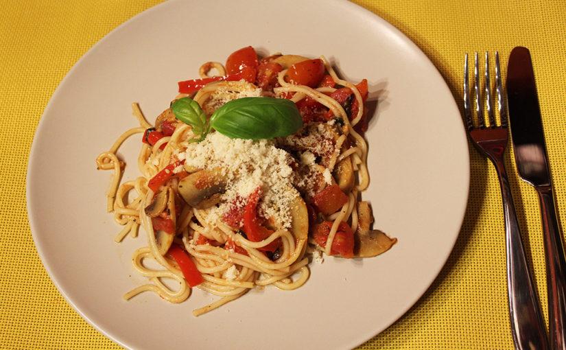Špagety s rajčaty a žampiony | Italská variace