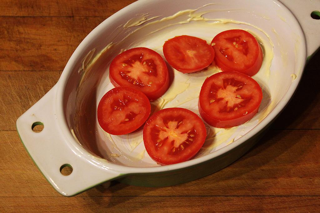 Rajčata v misce