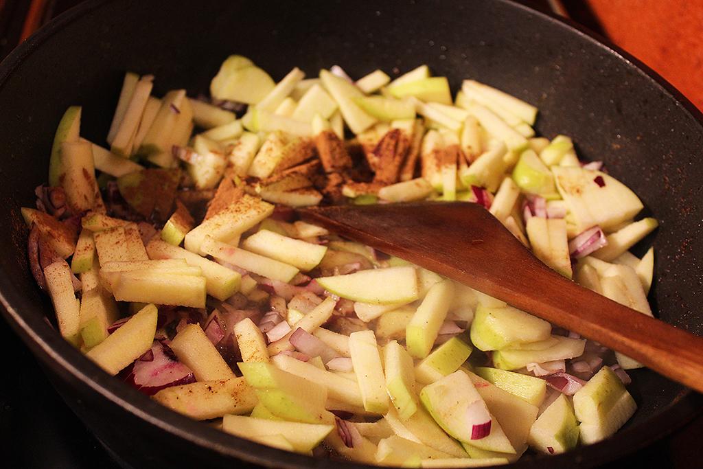 Přidáme jablko i cibuli