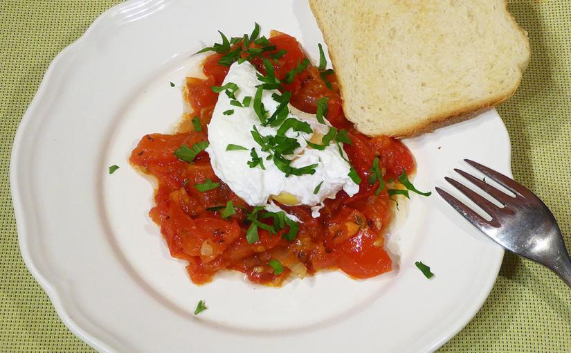 Rajčata se ztraceným vejcem | Originální snídaně, chcete-li