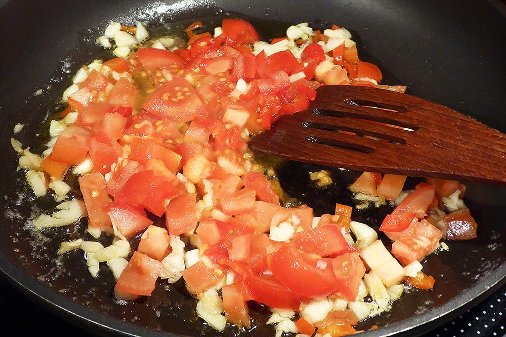 Přidáme rajčata