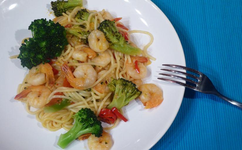 Krevety sbrokolicí ašpagetami | Svínečkem bílým