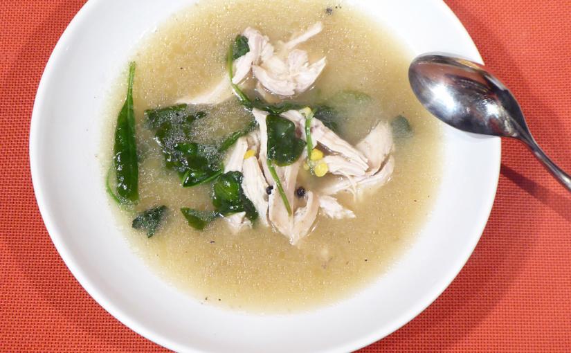 Pošírovnými soup with chicken breast