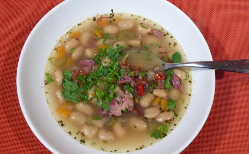 Fazolová polévka suzeným masem | Podzimní pohlazení