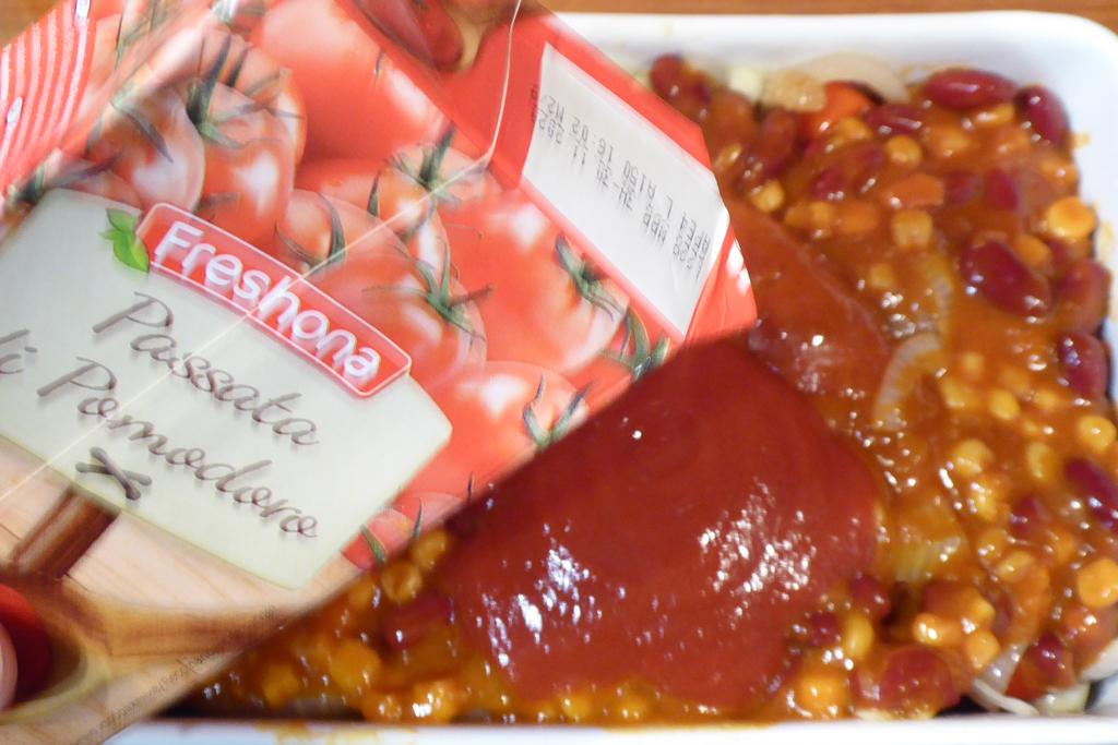 Přidáme propasírovaná rajčata